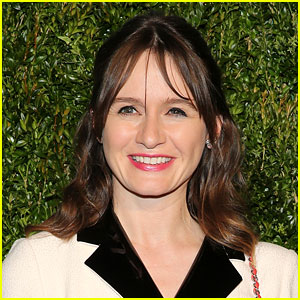 Emily Mortimer Joins 'Mary Poppins Returns' as Jane Banks!