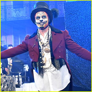 Harry Connick Jr. Dresses as 'Boo the Bayou Wizard' for His Halloween Episode!