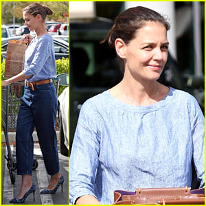 Katie Holmes Brings Her Halloween Spirit from NYC to LA!