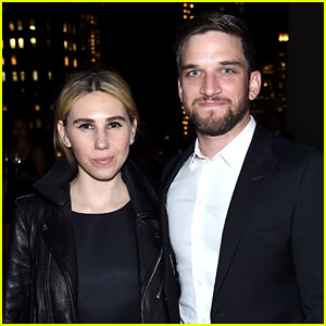 Girls' Zosia Mamet Gets Married to Evan Jonigkeit!
