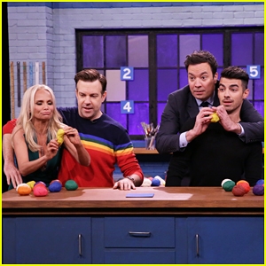 VIDEO: Jason Sudeikis & Kristin Chenoweth Face Off Against Jimmy Fallon & Joe Jonas In Tandem Sculptionary!