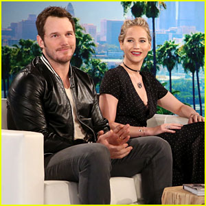 VIDEO: Jennifer Lawrence & Chris Pratt Compete in Hilarious Game of '5 Second Rule'