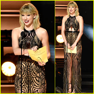 Taylor Swift Returns to the CMA Awards to Present Entertainer of the Year!