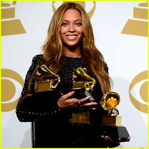 Beyonce Could Make History at Grammys 2017!