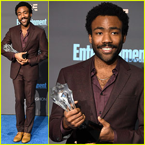 VIDEO: Donald Glover Wins Best Actor in Comedy Series at Critics' Choice Awards 2016