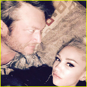 Gwen Stefani Celebrates New Year's Eve 2017 with Blake Shelton!