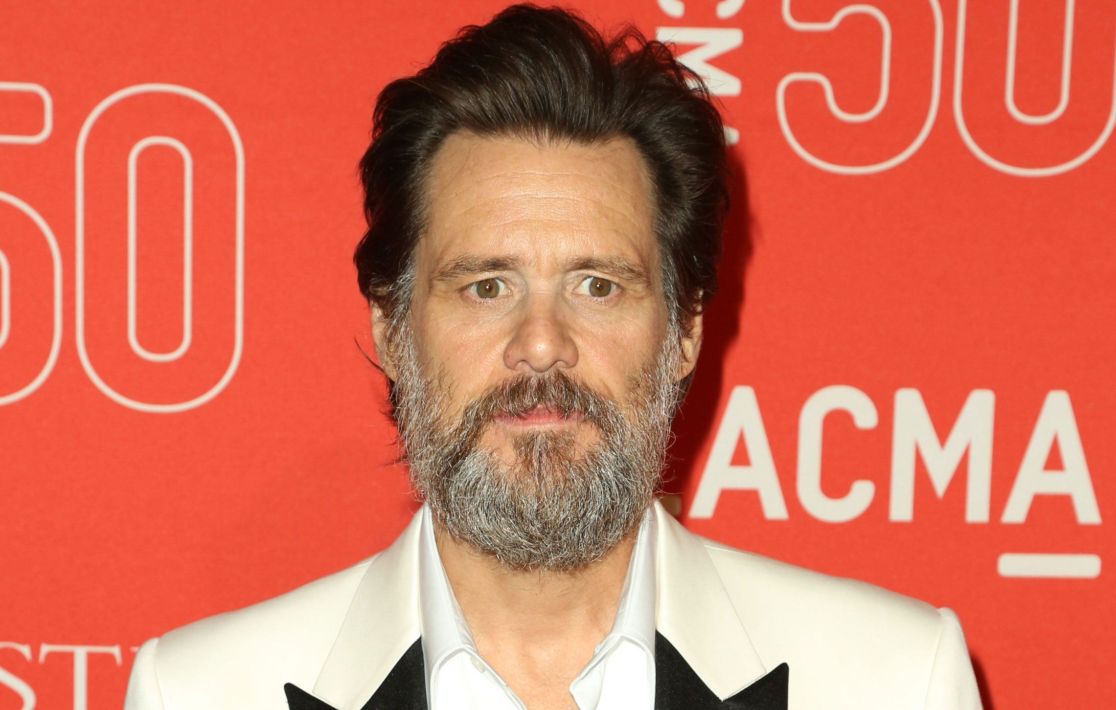 Jim Carrey Calls STD Claims By Late Girlfriend's Mother 'Irrelevant'