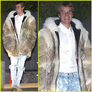 Justin Bieber Steps Out in LA After Quick Trip With Mystery Girl