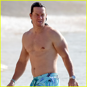 Mark Wahlberg Puts His Buff Body on Display in Barbados! | Mark ...