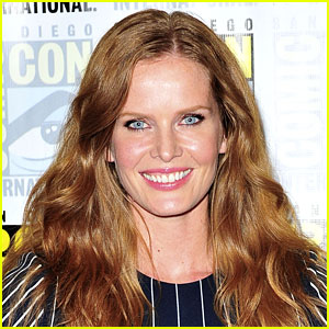 Once Upon a Time's Rebecca Mader is Married!