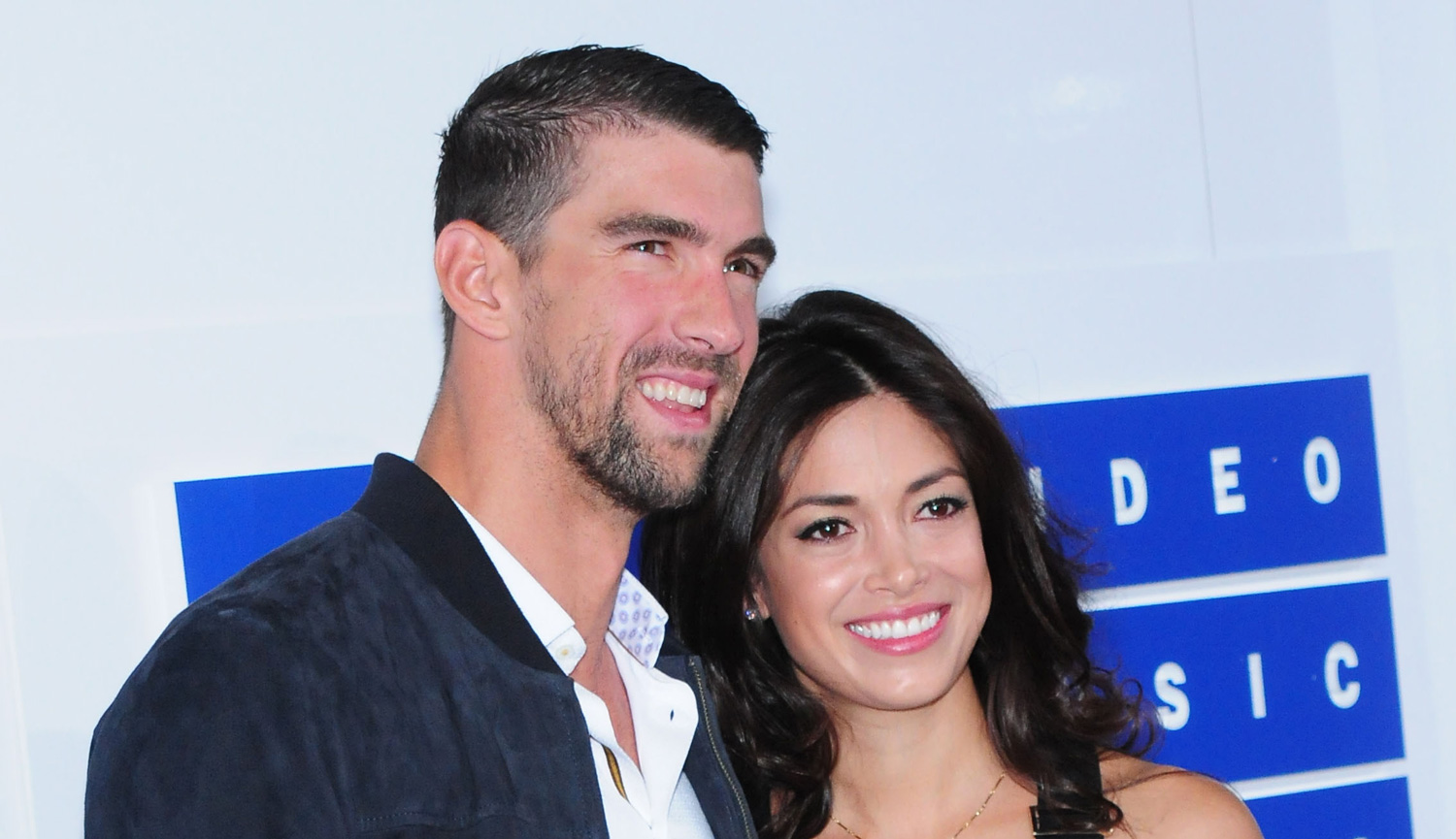 Michael Phelps & Wife Nicole Johnson Share Wedding Video!