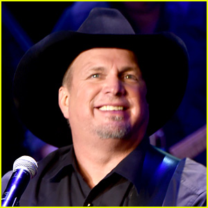 Garth Brooks Won't Play Inauguration Due to His Tour Schedule