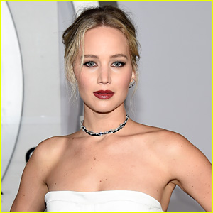 Jennifer Lawrence Speaks Out Against Trump's Travel Ban