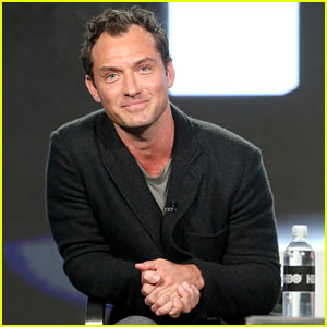 Jude Law Brings New Show 'The Young Pope' to 2017 TCA