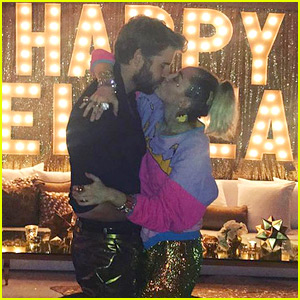 Miley Cyrus Kisses Her Golden Boy Liam Hemsworth on New Year's Eve!