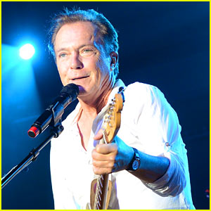 David Cassidy Admits He Has Dementia Following Final Performance (Video)