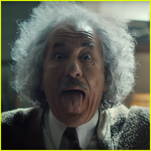'Genius' Super Bowl Commercial 2017 - Albert Einstein Plays Lady Gaga on Violin