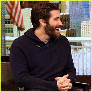 Jake Gyllenhaal Got Set Up on Failed Dates by Kelly Ripa!
