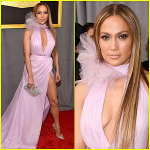 Jennifer Lopez Gushes Over Drake on Grammys 2017 Carpet