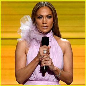 Jennifer Lopez Gets Political to Open Grammys 2017