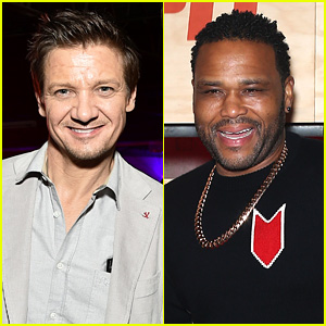 Jeremy Renner & Anthony Anderson Join NFL Pros at ESPN's Pre-Super Bowl Party!