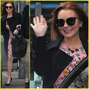 Lindsay Lohan Says She Was 'Racially Profiled' While Wearing Headscarf