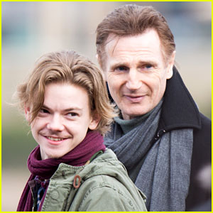 'Love Actually' Reunion Set Photos Revealed!