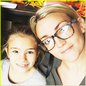 Jamie Lynn Spears' Daughter Maddie Is Awake, Talking, & Aware of Her Surroundings