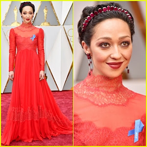 Nominee Ruth Negga Shows Support for ACLU on Oscars 2017 Red Carpet