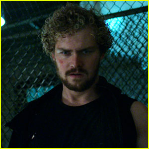 iron fist s finn jones responds to show s negative reviews finn jones iron fist netflix. Black Bedroom Furniture Sets. Home Design Ideas
