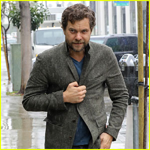 Joshua Jackson Bundles Up for Lunch in Rainy L.A. Weather!