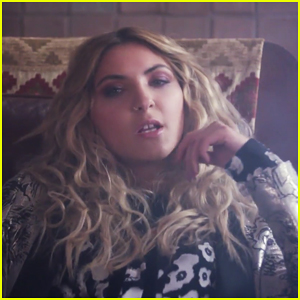 Julia Michaels Debuts 'Issues' Music Video - Watch Here!