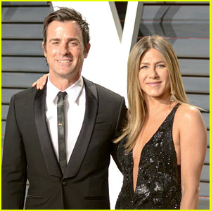 Justin Theroux Opens Up About His & Jennifer Aniston's Secret Wedding