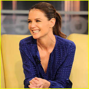 Katie Holmes Has the Biggest Smile on Her Face!