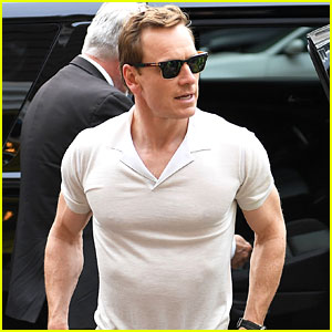Michael Fassbender Blessed Us All By Wearing This Tight Shirt!