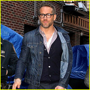 Ryan Reynolds Knows How to Pull Off the Perfect Casual Look