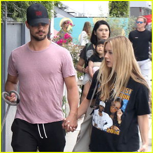 Billie Lourd & Taylor Lautner Spend the Day in Venice Beach