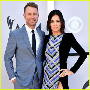 Dierks Bentley & Wife Cassidy Black Couple Up at ACMs 2017!