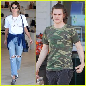 Emma Roberts & Eva... Taylor Lautner Girlfriend