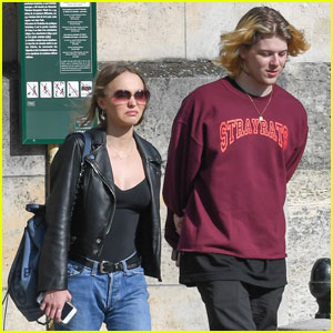 Lily-Rose Depp & Boyfrend Ash Stymest Shop For Shoes