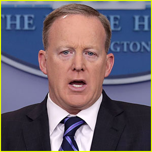 Sean Spicer Apologizes for Hitler & Holocaust Comments