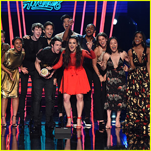 The '13 Reasons Why' Cast Presents Show of the Year at MTV Movie & TV Award 2017