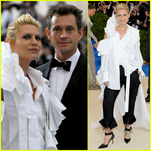 Claire Danes & Hugh Dancy Match in Black & White at Met Gala 2017