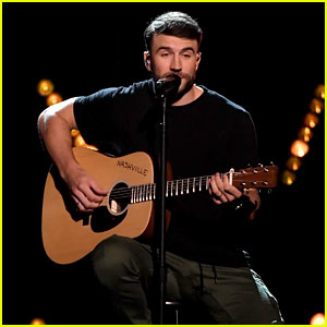 Sam Hunt's Billboard Music Awards 2017 Performance Video - Watch Now!