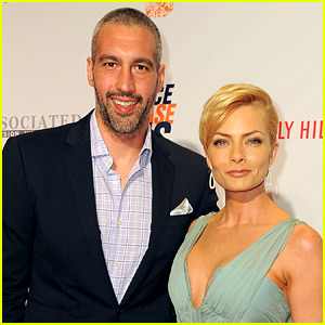 Jaime Pressly Is Pregnant with Twin Boys!