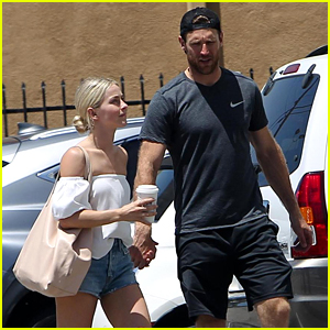 Julianne Hough & Fiance Brooks Laich Even Hold Hands While Running Errands