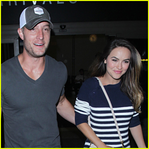 Justin Hartley & Fiancee Chrishell Stause Arrive Back in LA
