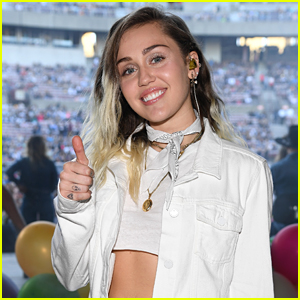 Miley Cyrus Celebrates the Four Year Anniversary of 'We Can't Stop' at KTUphoria 2017