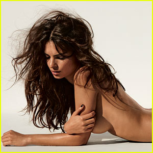 Emily Ratajkowski: 'It Really Bothers Me That People Are So Offended By Breasts'