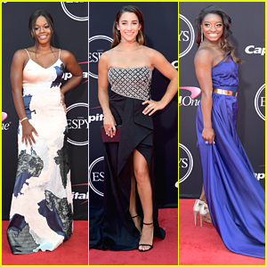 Gabby Douglas Joins Final Five Teammates at ESPYs 2017